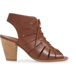 New, Paul Green sandals